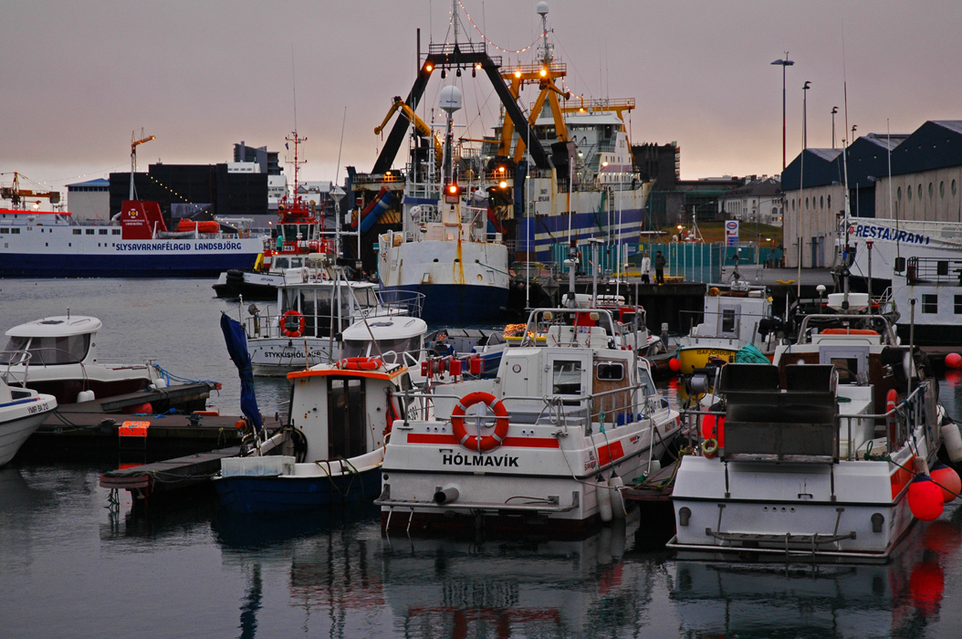 12juancarlosgarcialorenzo-photography-flickr-iceland-reykjavik-fishingharbour2