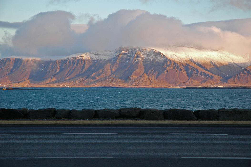 14juancarlosgarcialorenzo-photography-flickr-iceland-reykjavik-acrossthebay