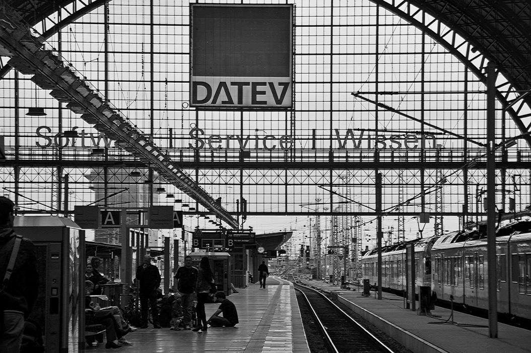 1juancarlosgarcialorenzo-photography-flickr-frankfurt-hauptbahnhof