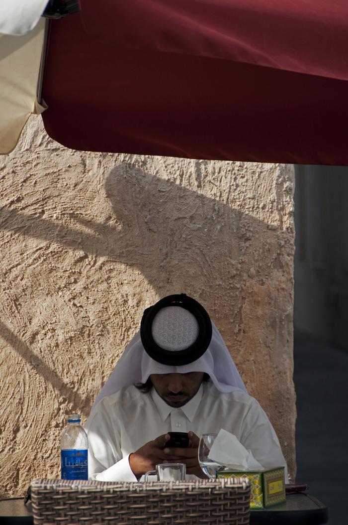12 juancarlosgarcialorenzo-photography-flickr-qatar-doha-souqwaqif-man