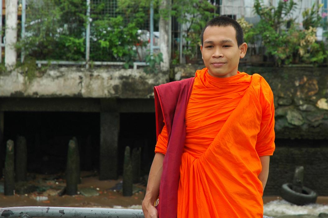 16 juancarlosgarcialorenzo-photography-flickr-thailand-bangkok-monk
