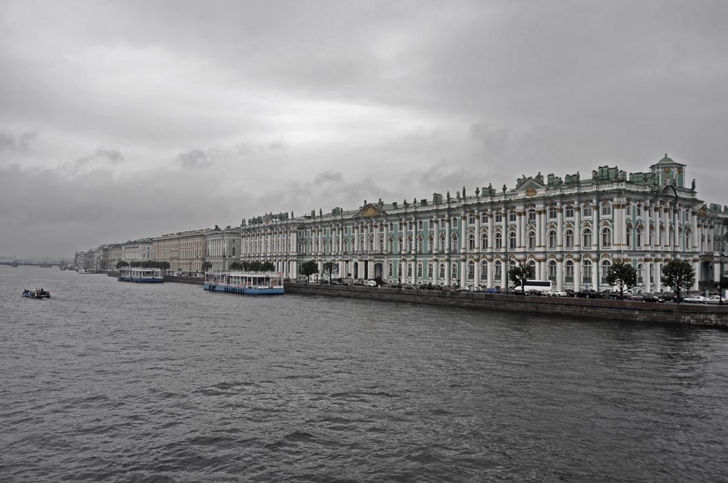 2 juancarlosgarcialorenzo-photography-flickr-russia-saintpetersburg-thenevaandthewinterpalace