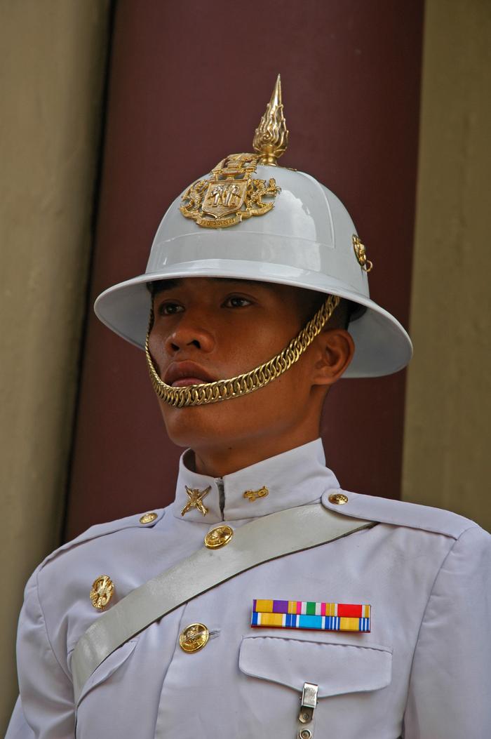 5 juancarlosgarcialorenzo-photography-flickr-thailand-bangkok-royalguard