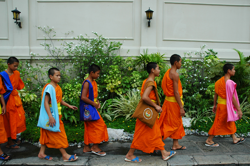 9 juancarlosgarcialorenzo-photography-flickr-thailand-bangkok-grandpalace-youngmonks