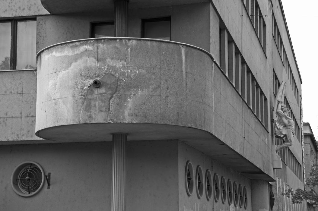 18 juancarlosgarcialorenzo-photography-flickr-serbia-zemun-glavnakarađorđeva-building