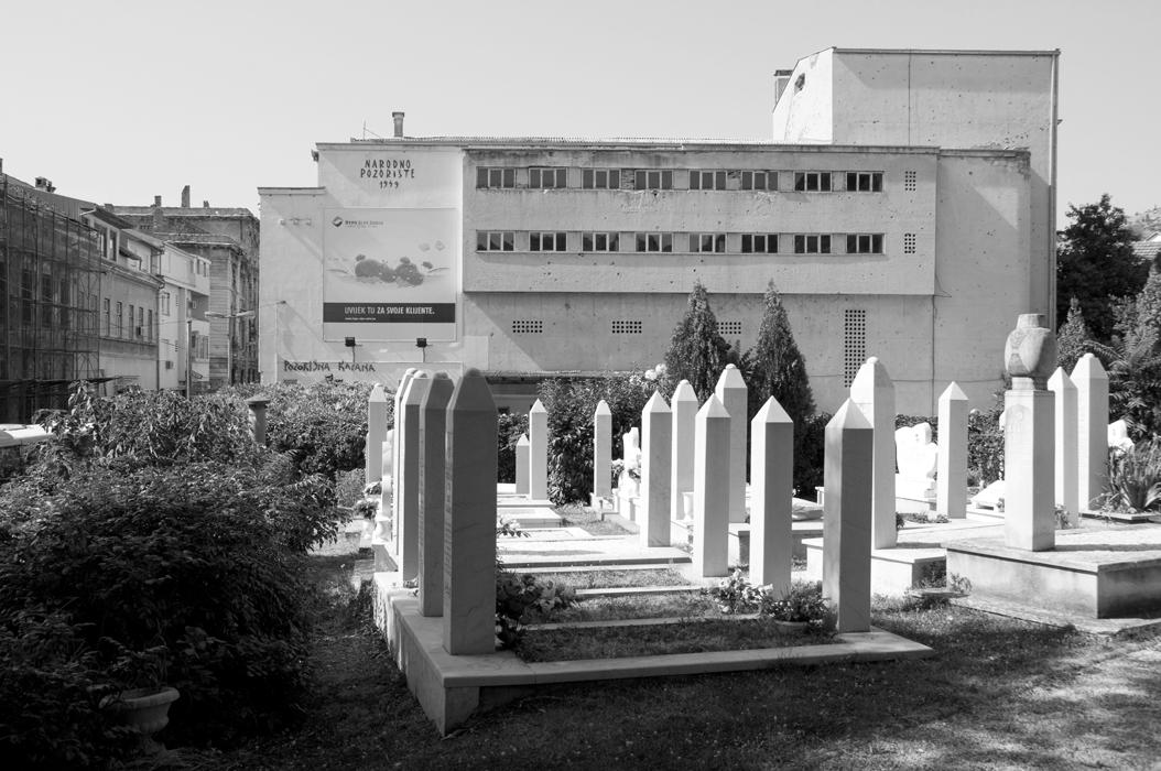 3 juancarlosgarcialorenzo-photography-flickr-bosnia-herzegovina-cemetery-bornin1963