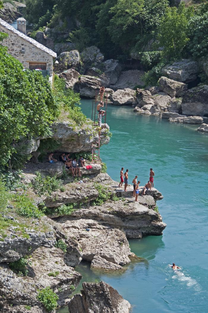 6 juancarlosgarcialorenzo-photography-flickr-bosnia-herzegovina-divers-theicarusesofmostar