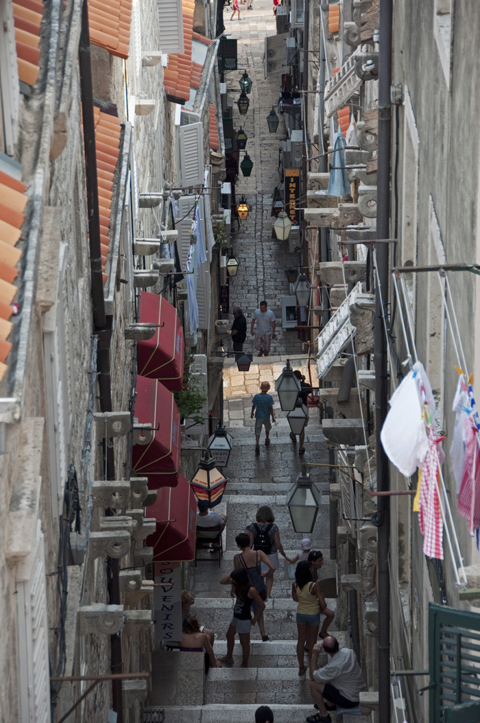 8juancarlosgarcialorenzo-photography-flickr-croatia-dubrovnik-alley