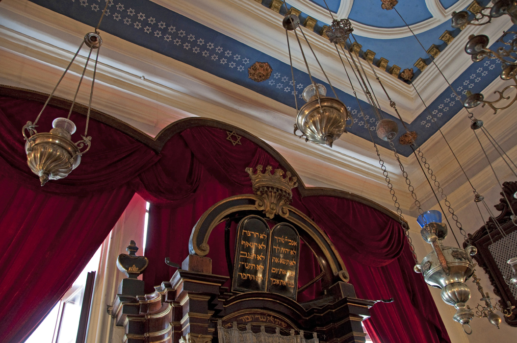 9juancarlosgarcialorenzo-photography-flickr-croatia-dubrovnik-synagogue-tencommandments