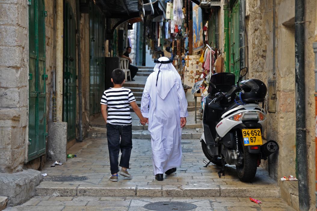 27 juancarlosgarcialorenzo-photography-flickr-israel-jerusalem-muslimquarter-familybonds