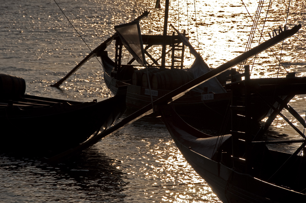 14 juancarlosgarcialorenzo-photography-flickr-portugal-porto-vilanovadegaia-barcosrebelos3