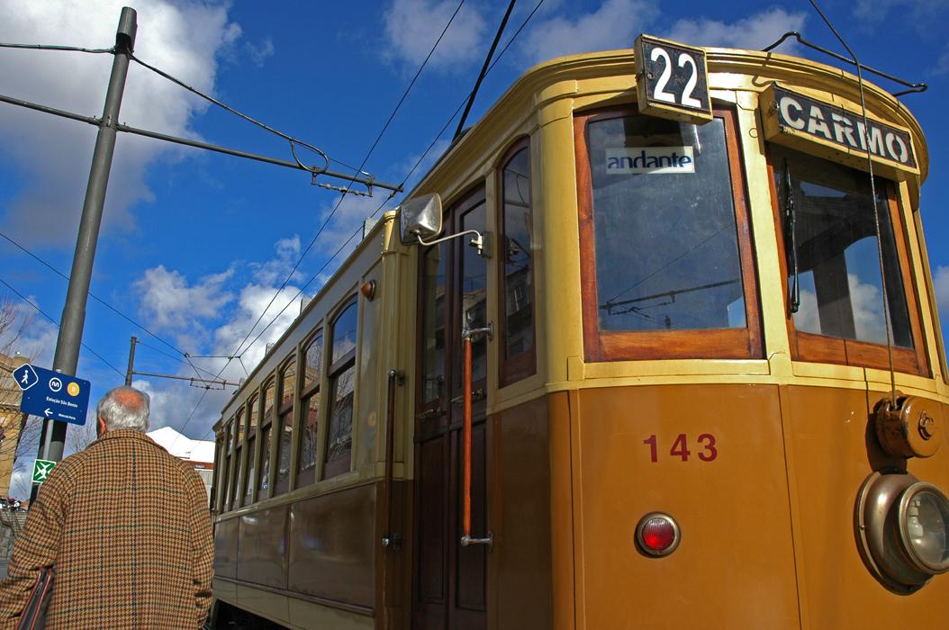 6 juancarlosgarcialorenzo-photography-flickr-portugal-porto-tramway