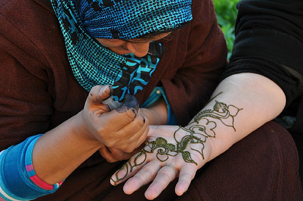 3 juancarlosgarcialorenzo-photography-flickr-morocco-rabat-kasbahdesouadaias-henna